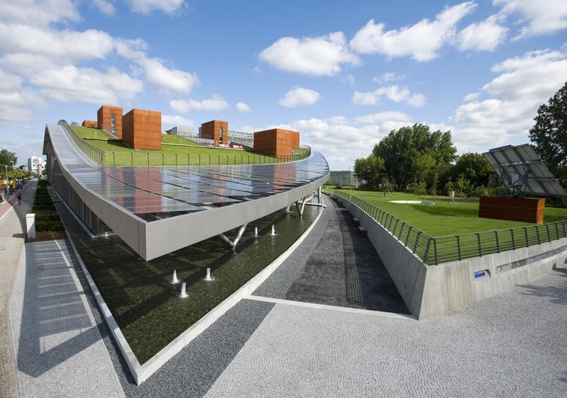 disharmoni rosett Nylon  Solon SE - Corporate Headquarter in Berlin-Adlershof - Guiding Architects