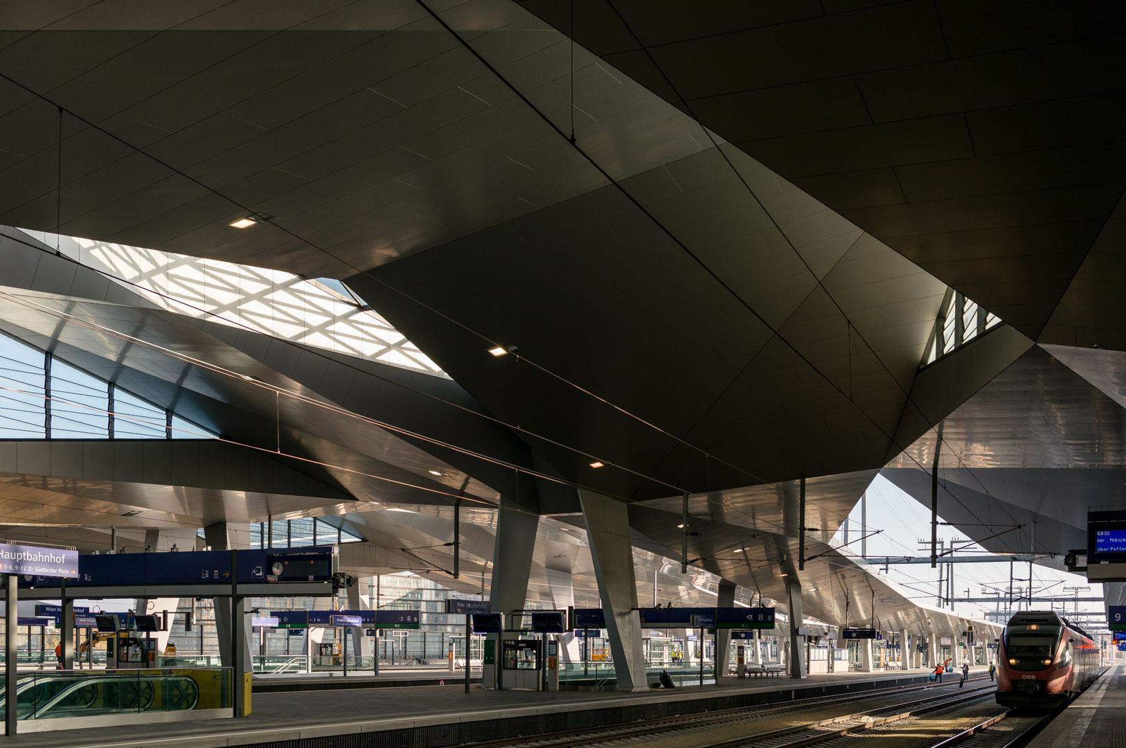 Hauptbahnhof by Hotz/Hoffmann and Wimmer, Foto: © Michael Nagl.