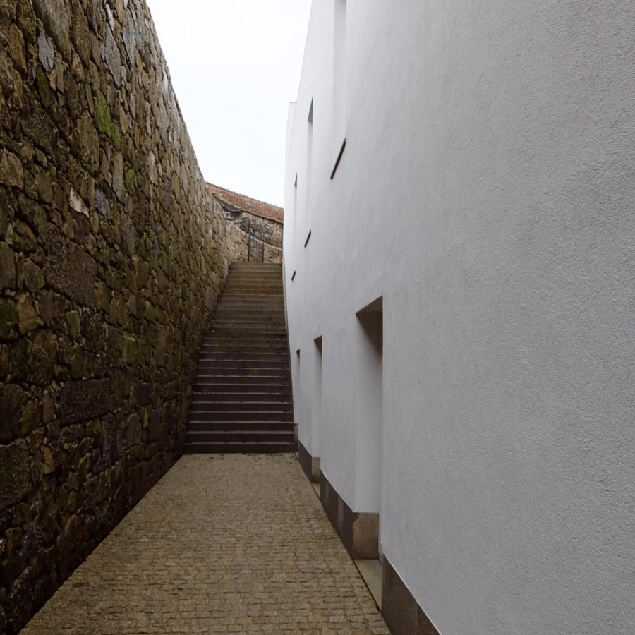 Guiding Architects | Oporto | Abade Pedrosa Museum