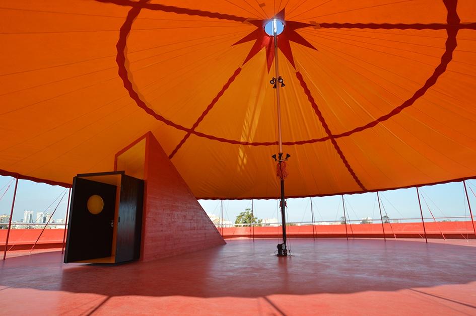 Guiding Architects | Santiago de Chile - Centro de Creación y Residencia Nave