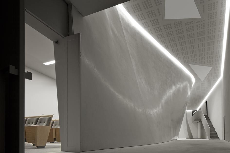Guiding Architects | Architecture tours Venice - Teatrino Di Palazzo Grassi