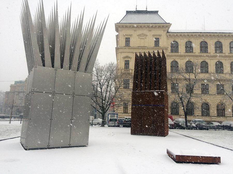 Guiding Architects   Jan Palach memorial - Prague