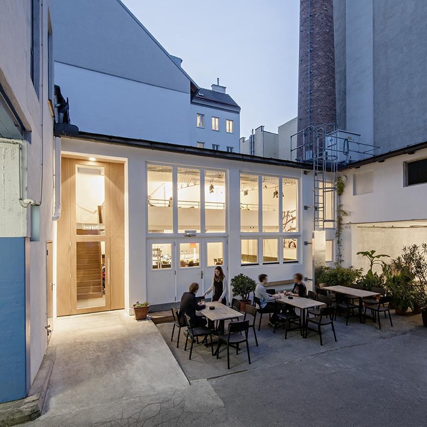 imHof Café's terrace