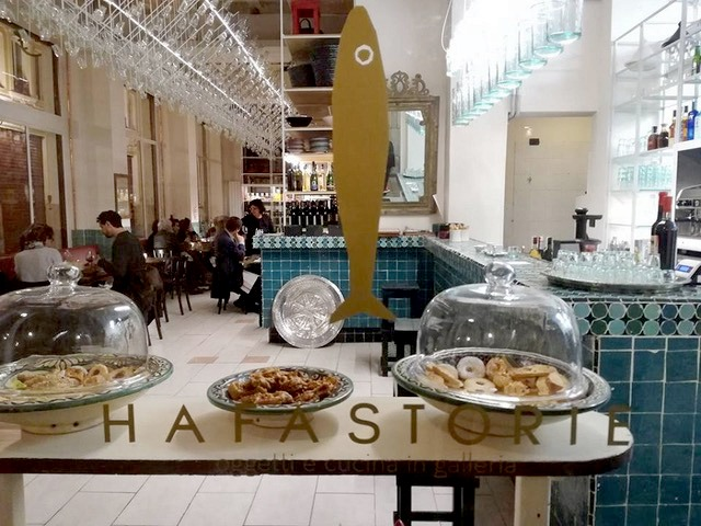 Hafa Storie is known for its Piedmontese and Moroccan dishes.