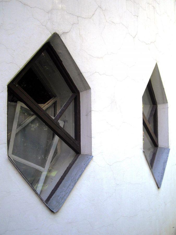 The peculiar windows that made Melnikov House so distinctive.