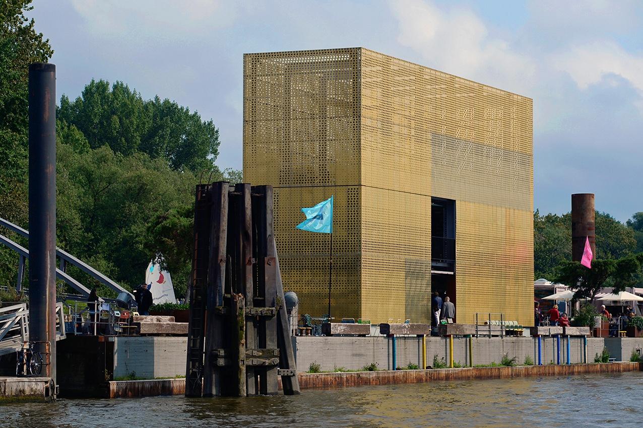 Entenwerder's Golden Pavilion. Copyright: Felix Amsel.