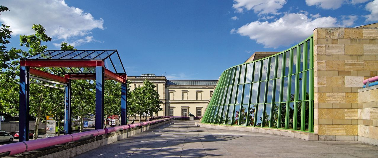 Stuttgart's Staatsgalerie in its urban surroundings.
