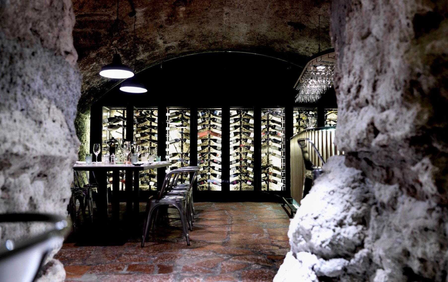 In the basement of this restaurant in Salzburg, with its conglomerate vaults, a wine cellar was set up in 2012.