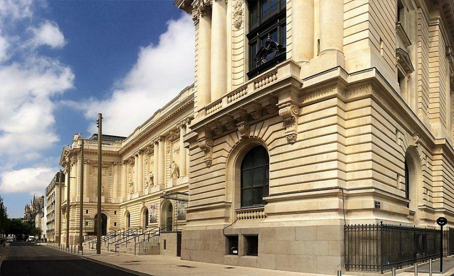The main façade of the Arts museum. Copyright: Aurélien Boyer.