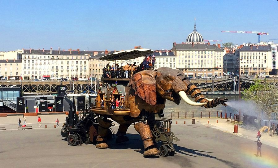 "One of the mechanical creatures to see at the park ""Les Machines de l'Île"", in Nantes. Copyright: All rights reserved."