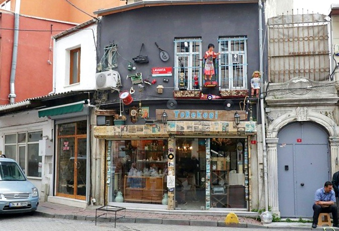 One of the new shops opening in Balat. Copyright: Cengiz Tokgöz.