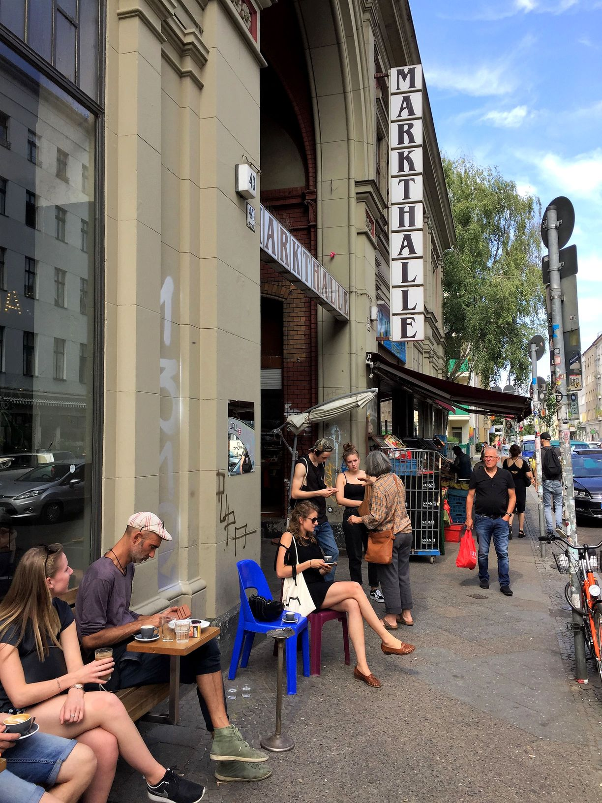 A perspective on the street life around Markthalle Neun in Berlin. Copyright: Thomas M. Krüger.