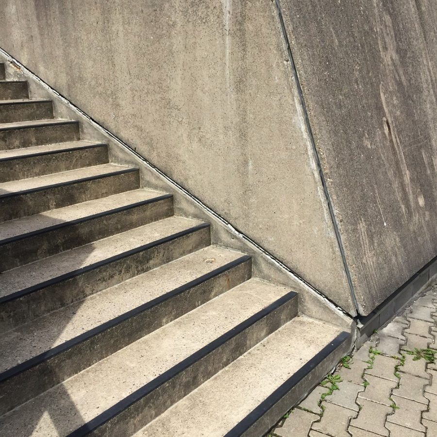 Mouse Bunker's stairs with oblique walls by the steps, Copyright. Thomas M. Krüger.