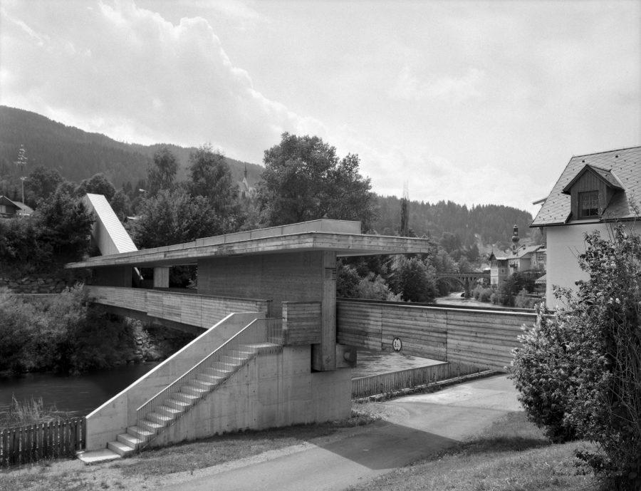 Already a classic: the pedestrian bridge Murau from international known architects Meili – Conzett. Copyright: P. Eder.