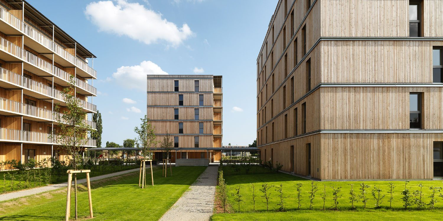 The right material even for low cost buildings: social housing construction in cross laminated timber (CLT) by architect Simon Speigner. Copyright: P. Ott.
