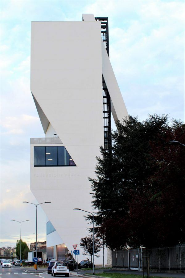 The irregular geometry of the tower varies according to different observation points - Fondazione Prada by OMA. Copyright: Carlo Berizzi.