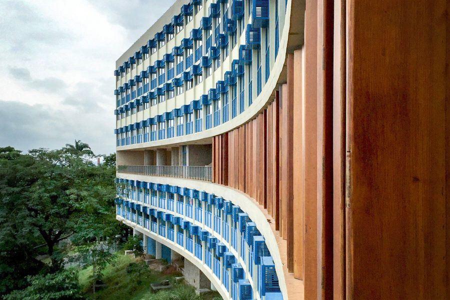 Pedregulho Complex Facade - Guiding Architects