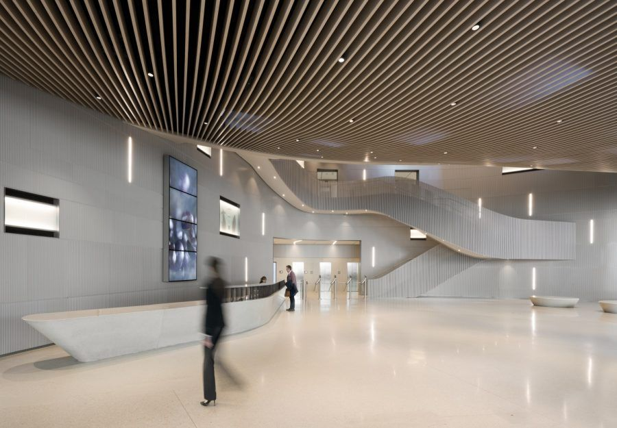 Inside view of the entrance hall of the office building - Guiding Architects