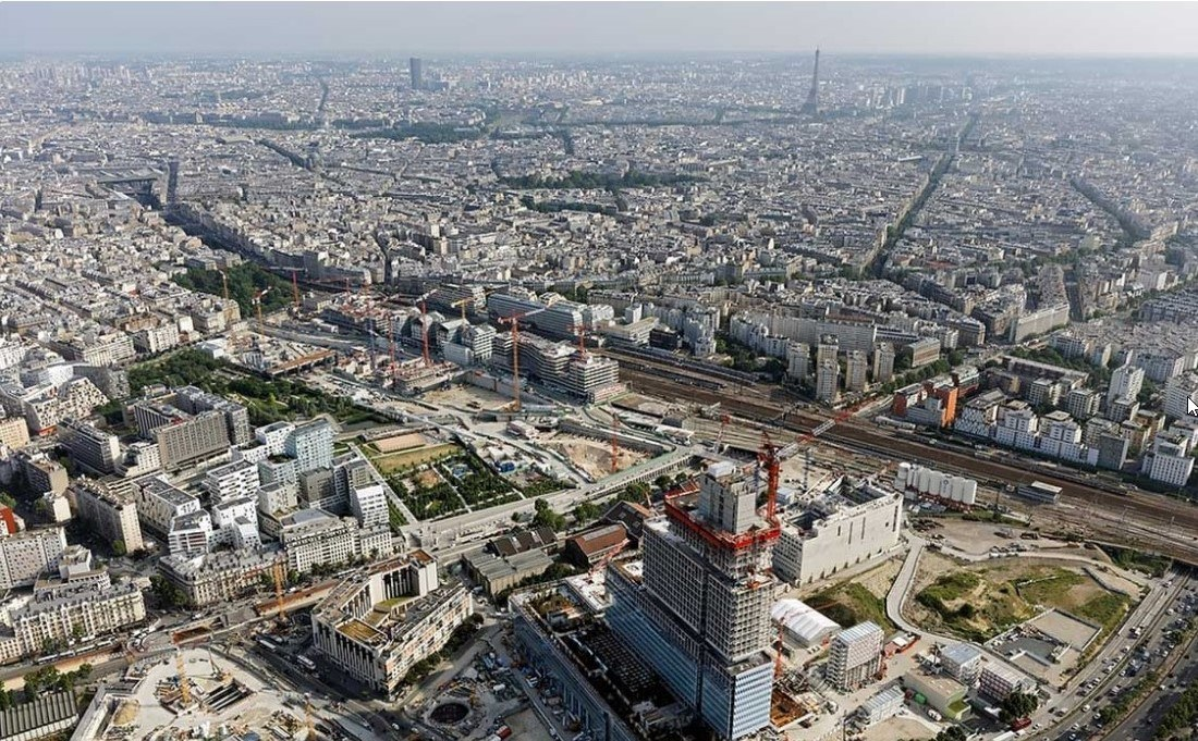 Aerial view Court of Justice Clichy Batignolles - Guiding Architects