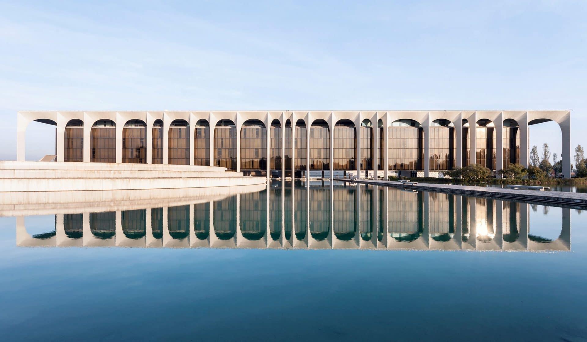 Mondadori building.©Roland Halbe