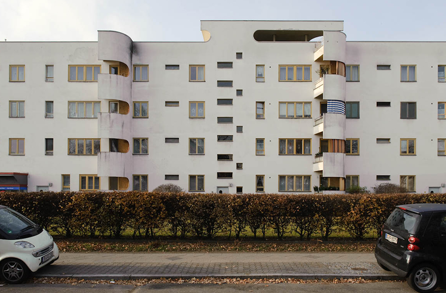 Panzerkreuzer Scharoun, Berlin. Photo by: ©Erik-Jan Ouwerkerk. Virtual Tours on modern architecture, by Guiding Architects