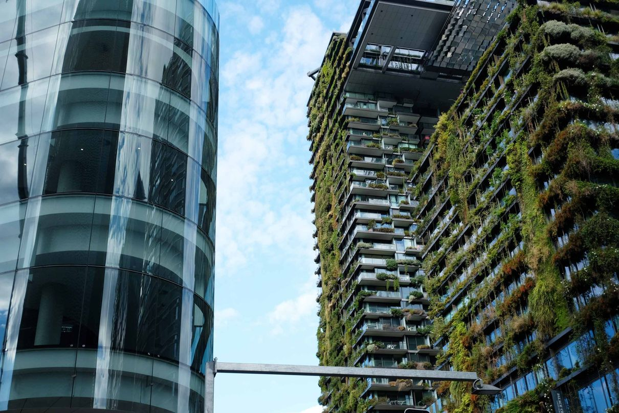 4. New projects by Ateliers Jean Nouvel and Lacoste+Stevenson in nearby Chippendale. Photo by: