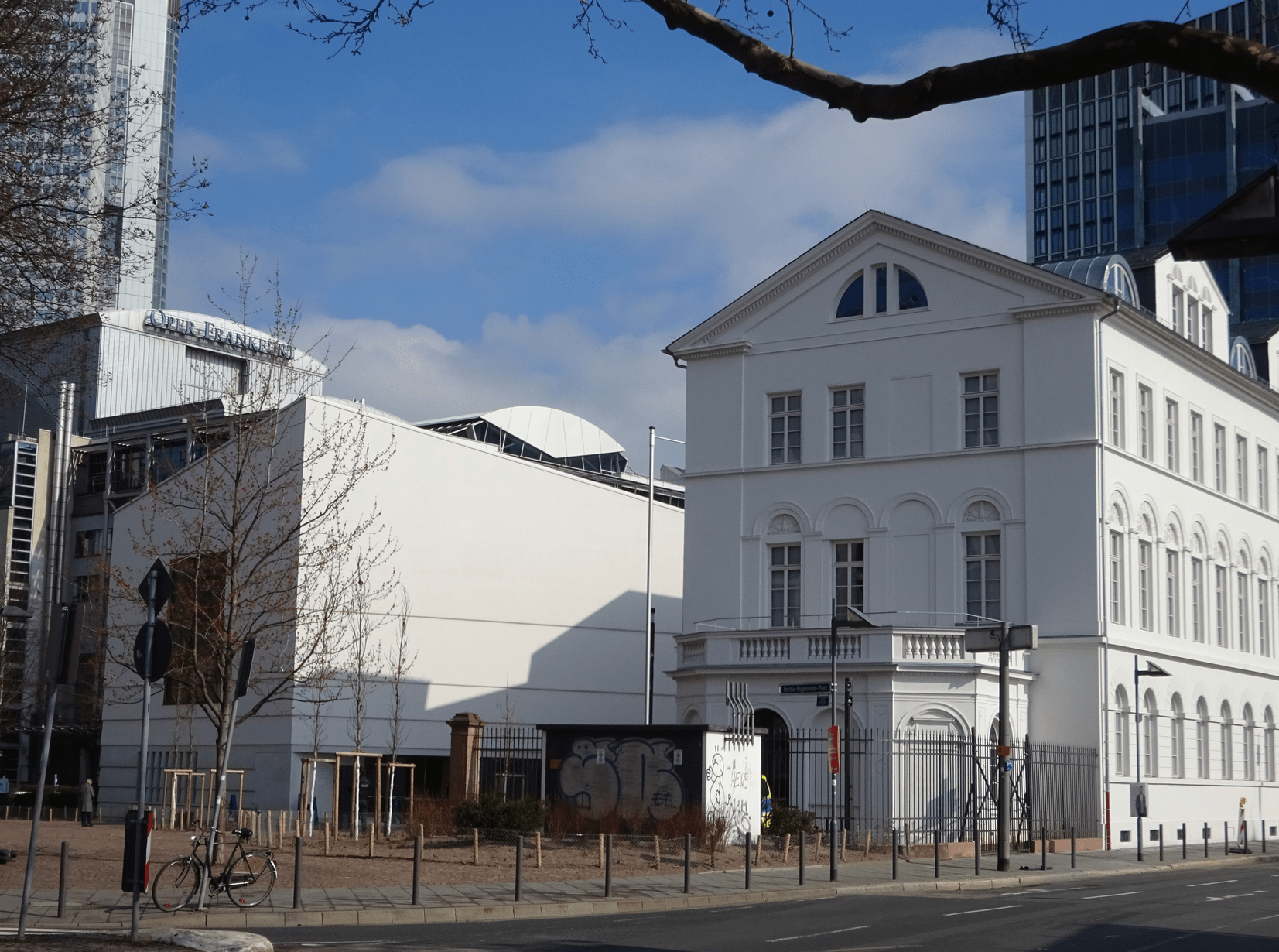 The historic Rothschild Palais and the new extension